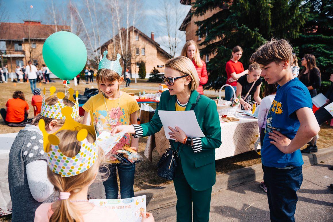 Благотворительная ярмарка для «SOS-Детские деревни»